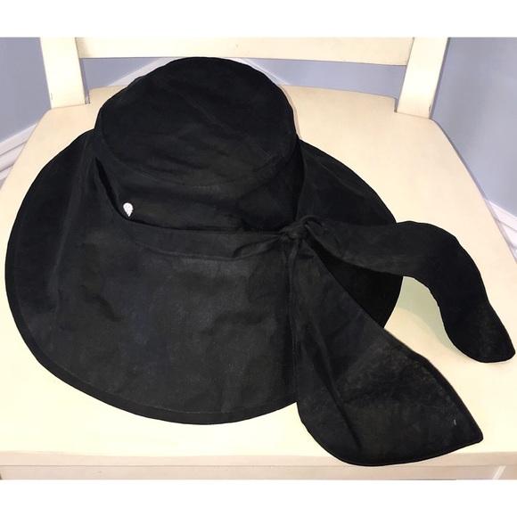 35fe83d3889ff8 Helen Kaminski Accessories | Floppy Sun Hat | Poshmark
